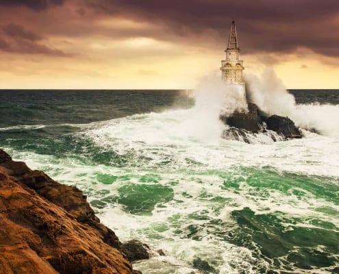 Women & Midlife Crisis. Stormy Seas